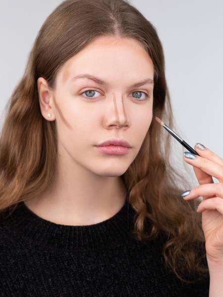 Как визуально уменьшить нос и какая косметика для этого нужна | 600x450