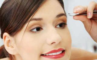 Как скорректировать брови в домашних условиях