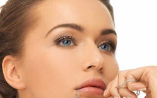 Легкий макияж для голубых глаз