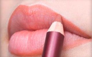 Как накрасить губы карандашом без помады