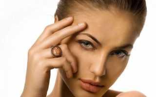 Как скрыть нависшее веко с помощью макияжа