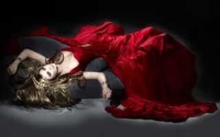 Макияж под красное платье для русых